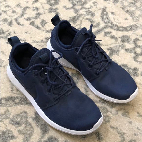 best service 1b49b 0dc94 Nike Roshe Two navy blue. M 5bc1eaaa5c44524d911bcb32